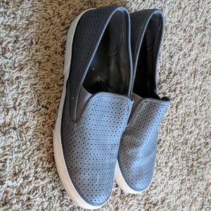 Sperry perforated slip-ons